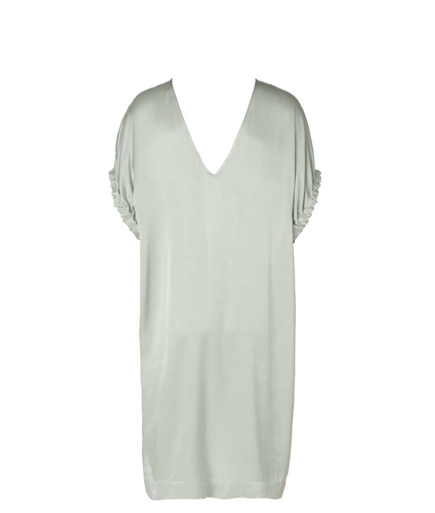 Nuffina dress: 2899 kroner via Malene Birgers nettside.
