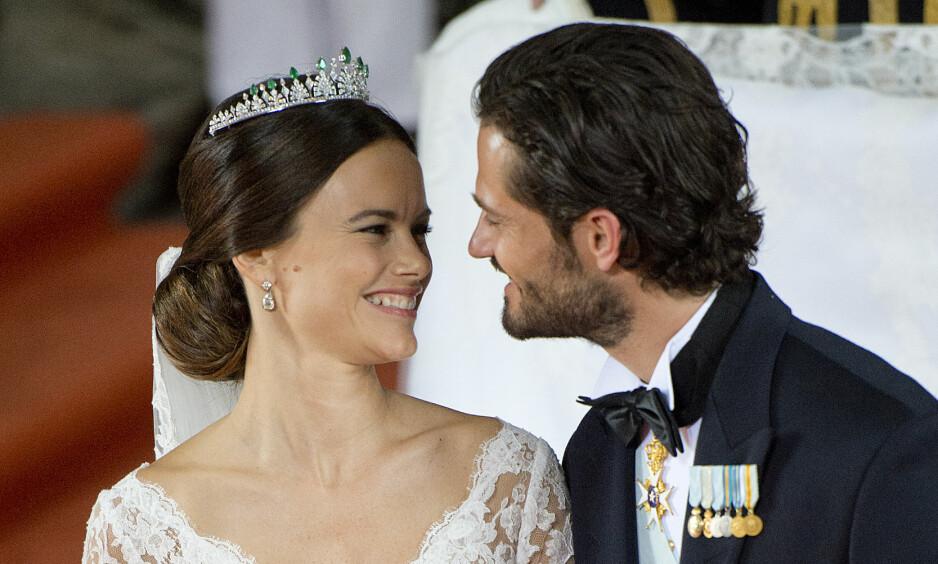 <strong>HEMMELIG:</strong> At Sofia av Sverige skulle gifte seg i en kjole fra Ida Sjöstedt var en godt bevart hemmelighet. Det var faktisk så hemmelig at den kommende prinsessen måtte få et kodenavn. Foto: NTB scanpix