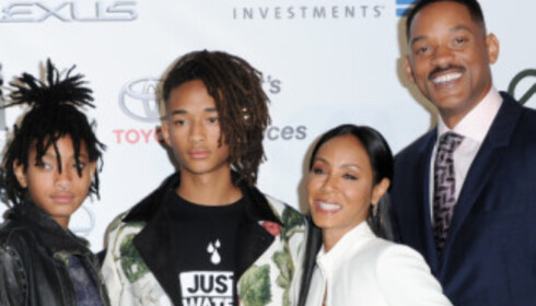 <strong>FAMILIEN SMITH:</strong> F.v. Willow Smith, Jaden Smith, Jada Pinkett Smith og Will Smith. Foto: NTB Scanpix