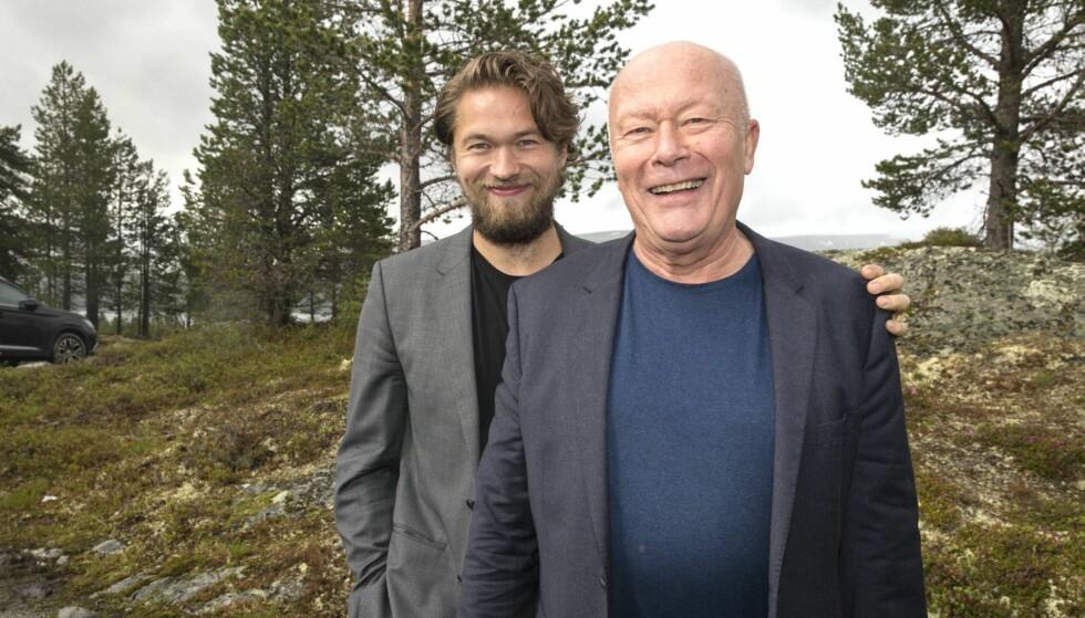 RADARPAR: Jacob Oftebro og hans berømte far Nils Ole har premiere sammen - i samme rolle - når Ibsen-klassikeren «Peer Gynt» settes opp på Gålå fredag denne uken. Foto: Andreas Fadum / Se og Hør