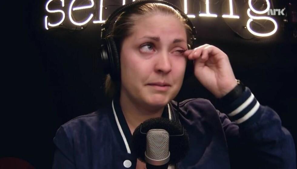 PREGET: I en «P3morgen»-sending i sommer snakka programleder Silje Nordnes åpenhjertig om hvordan hun som homofil satt igjen med en vond følelse etter angrepet mot en homoklubb i USA. Foto: NRK