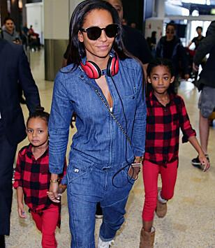 TREBARNSMOR: Melanie Brown avbildet med sine to yngste barn, Madison Brown Belafonte og Angel Iris Murphy Brown. Foto: NTB Scanpix