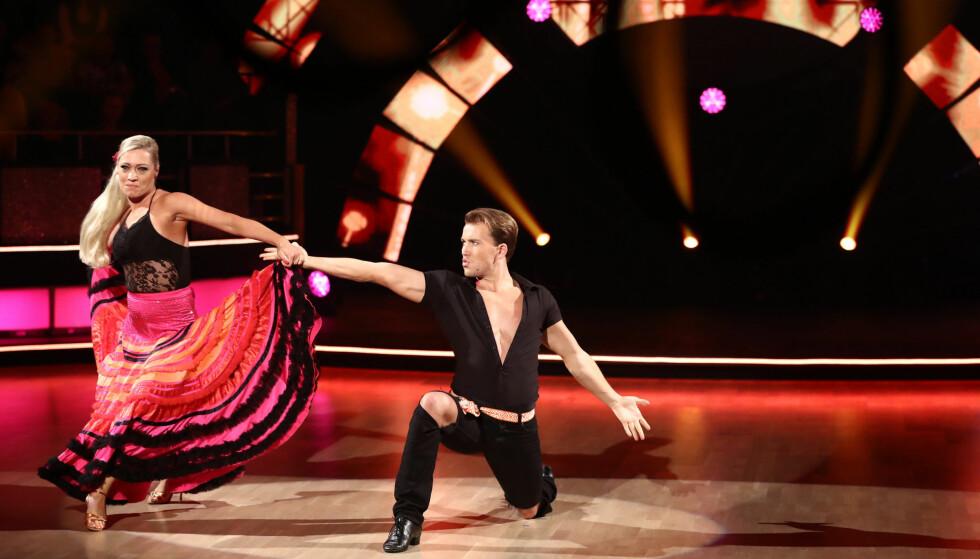 HELT I TOPPSJIKTET: Grunde Myhrer og Ewa Trela har imponert stort i begge dansenumrene sine hittil i sesongen. Foto: Thomas Reisæter/ TV 2
