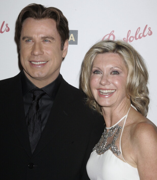 <strong>GJENFORENT:</strong> John Travolta og Olivia Newton-John dro sammen til Leisure Critics Choice i 2006. Foto: NTB Scanpix