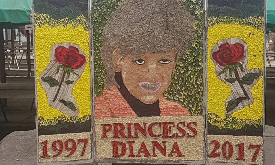 FÅR KRITIKK: Byen Chesterfield i England hedrer avdøde prinsesse Diana med denne blomsterdekorasjonen. Ikke alle er like imponert. Foto: Chesterfield Borough Council / Facebook