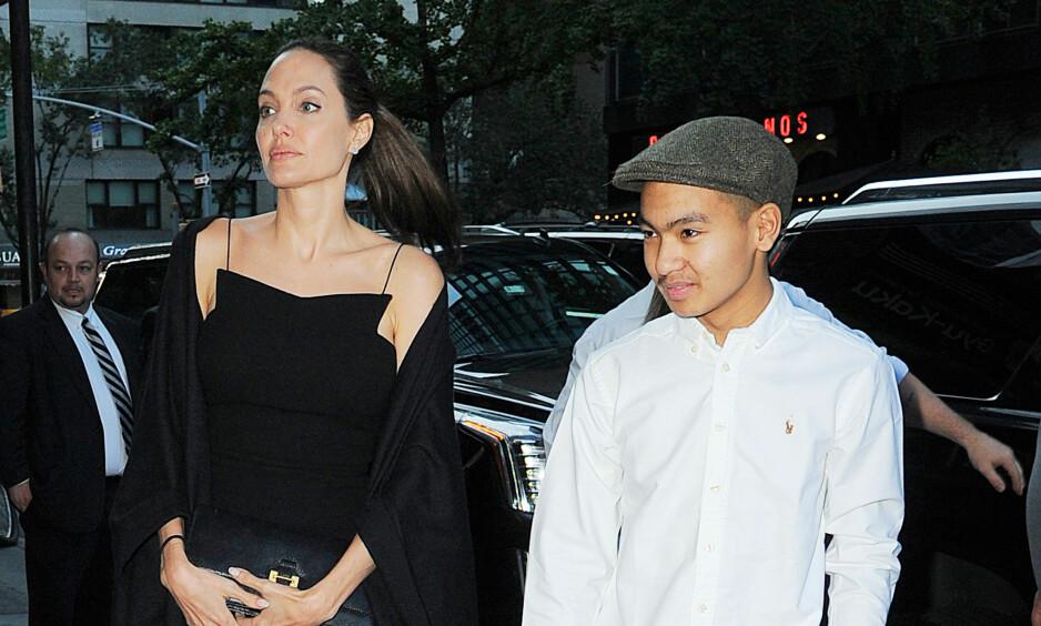 FILM: Angelina Jolies eldste sønn Maddox innrømmer at han trives med å jobbe sammen med sin berømte mor. Foto: Splash News