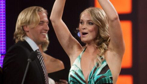 <strong>VANT PRIS:</strong> I 2011 mottok Henriette Bruusgaard Gullruten for «Alt for Norge» i kategorien Beste nye programserie. Foto: Marit Hommedal / NTB scanpix
