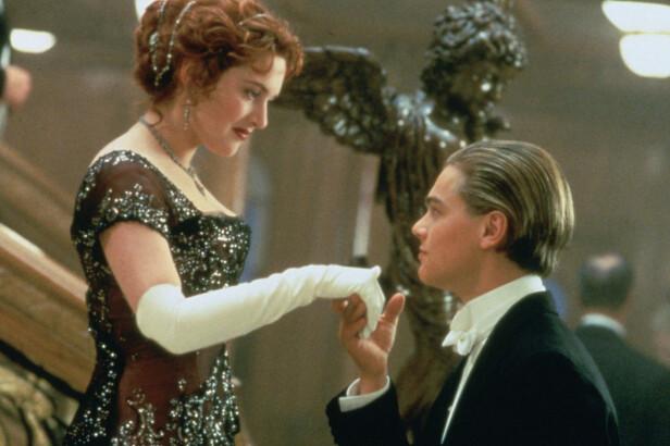 BLE STJERNER OVER NATTA: Kate Winslet og Leonardo DiCaprio som Rose og Jack i det episke dramaet Titanic. Filmen ble begges store gjennombrudd. Foto: Filmweb