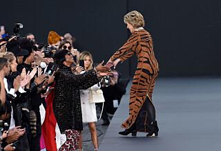 Jane Fonda og Helen Mirren overrasket på catwalken