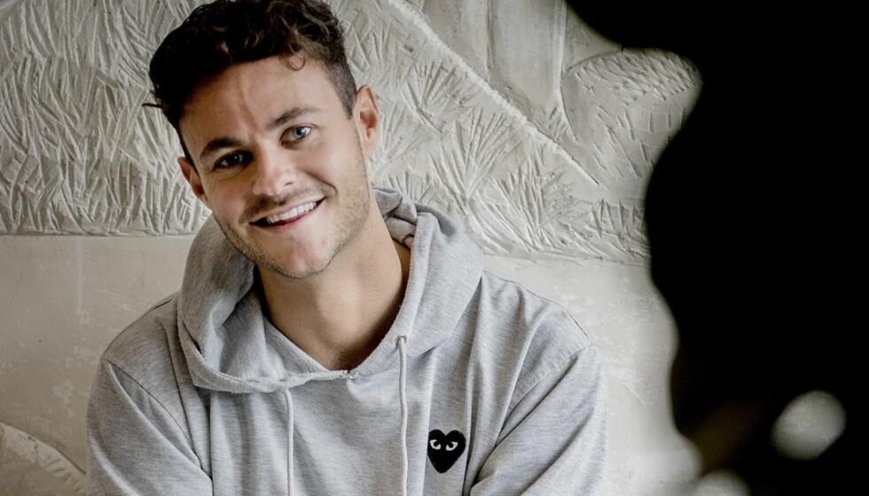 EN SLAGS DANNELSESREISE: «Jævla homo», NRK-serien til Gisle A. Gjevestad Agledahl, har fått både ris og ros. Men programmet har uansett endret 26-åringen til det bedre. Foto: Bjørn Langsem / Dagbladet