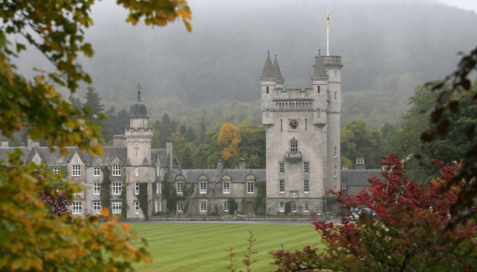 <strong>«FERIESLOTT»:</strong> Kokk Darren McGrady sier at den britiske kongefamilien lever enklere og mer avslappet når de oppholder seg på Balmoral Castle i Skottland. foto: NTB scanpix