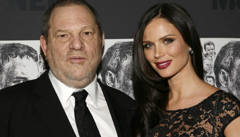 SKILLES: Georgina Chapman går fra Harvey Weinstein etter New York Times' omfattende avsløring om at Hollywood-produsenten skal ha seksuelt trakassert flere kvinner over tre tiår. Foto: AP / NTB Scanpix