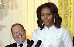 I DET HVITE HUS: Harvey Weinstein var invitert til Det hvite hus i 2013 for å snakke til videregående-elever om filmkarrierer. Foto: AP / NTB Scanpix
