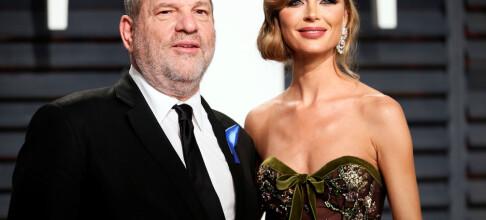 Går fra ektemannen etter sex-anklagene