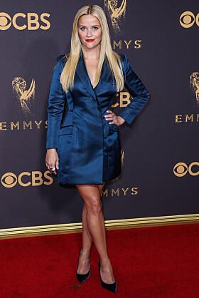 Reese Witherspoon (156 cm) bruker spisse sko på den røde løperen. Foto: MTB Scanpix