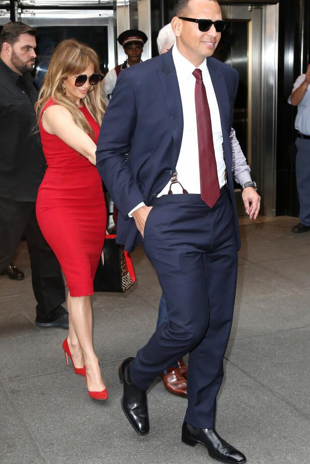 TRIVES I NEW YORK: Jennifer Lopez og Alex Rodriguez avbildet sammen i metropolen i slutten av september. Foto: Broadimage/REX/Shutterstock/ NTB scanpix