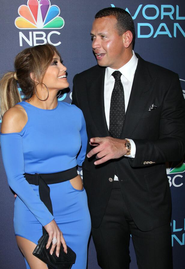 STORMFORELSKET: Jennifer Lopez så ut til å kun ha øyne for Alex Rodriguez på «World of Dance»-feiringen i L.A. i september. Foto: Jen Lowery/SilverHub/REX/Shutterstock/ NTB scanpix