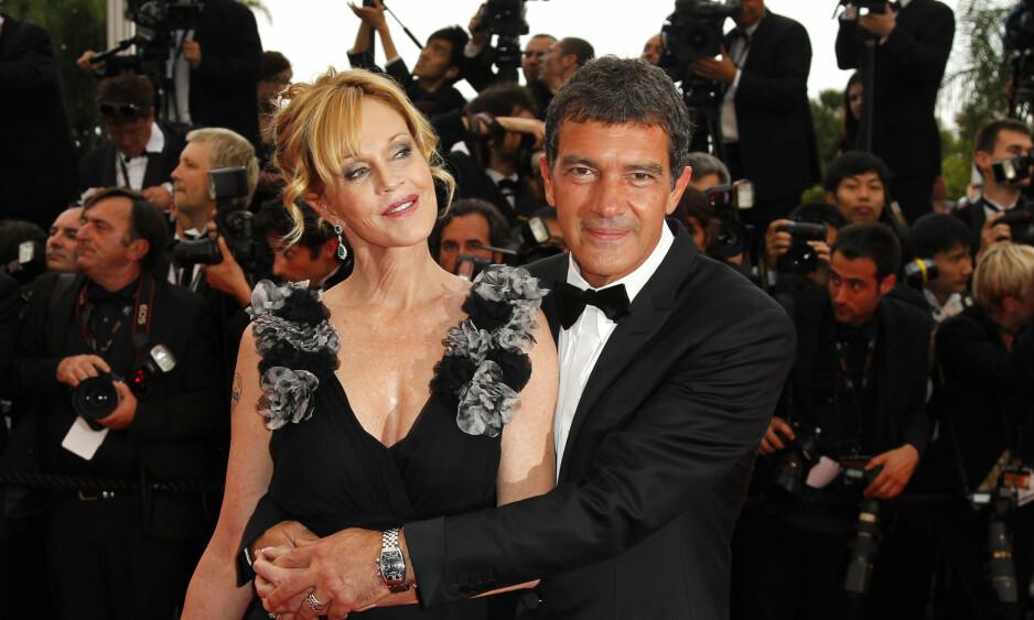 <strong>EPILEPSI:</strong> Melanie Griffith mener hun ble kvitt epilepsiplagene etter at hun skilte seg fra Antonio Banderas. Her er eks-paret sammen under filmfestivalen i Cannes våren 2011 . Foto: NTB Scanpix