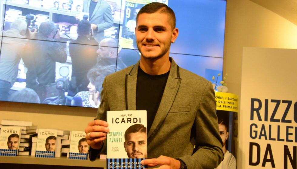 GA UT BOK: Icardi ga i fjor ut en selvbiografi der han beskriver hvordan han «stjal» kona til lagkameraten Foto: NTB Scanpix