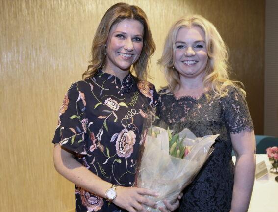 BOKAKTUELLE: Prinsesse Märtha Louise og Elisabeth Nordeng har gitt ut en ny bok sammen, og den vekker - kanskje ikke uventet - oppmerksomhet.