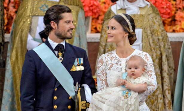<strong>ELDST:</strong> 9. september i fjor ble prins Alexander døpt. Nå er han storebror. Foto: Reuters