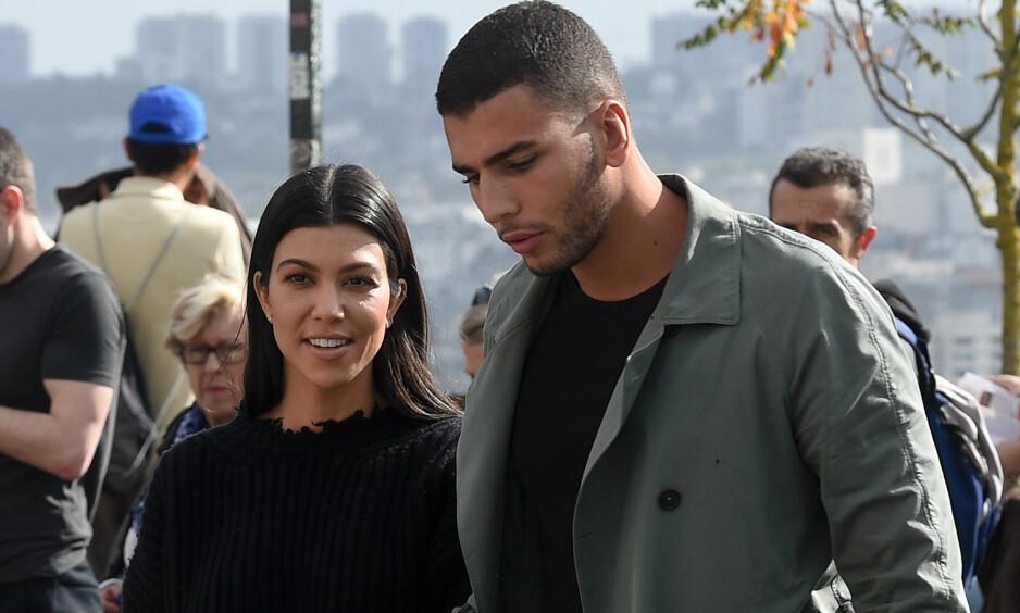 MØTTES I PARIS: Kourtney Kardashian forteller åpent om sitt første møte med kjæresten Younes Bendjima. Foto: Splash News