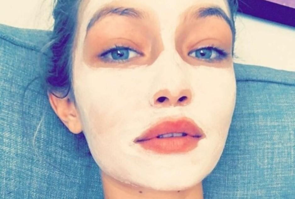 Ansiktsmasker kan gjøre underverker for huden din! Gigi Hadids favoritt finner du under. Foto: NTB Scanpix