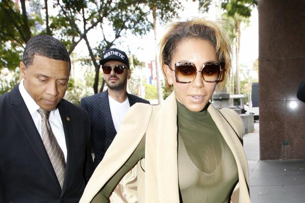 FERDIG: Her ankommer Melanie Brown retten i Los Angeles torsdag, hvor hun angivelig skal ha blitt enig med sin tidligere ektemann og dermed avsluttet skilsmissen for godt. Foto: NTB Scanpix.