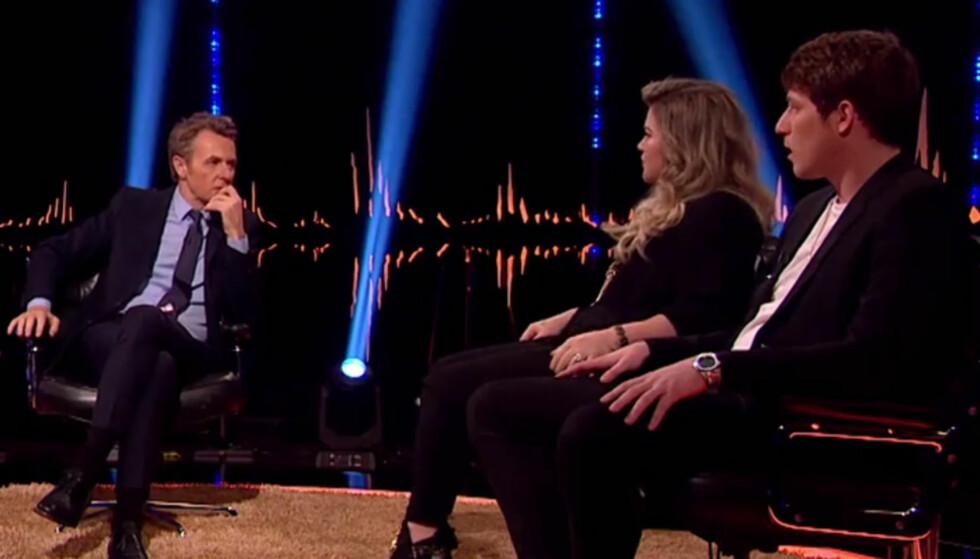 SNAKKER OM BARNDOMMEN: Kelly Clarkson snakket om sin barndom med Fredrik Skavlan. Foto: NRK