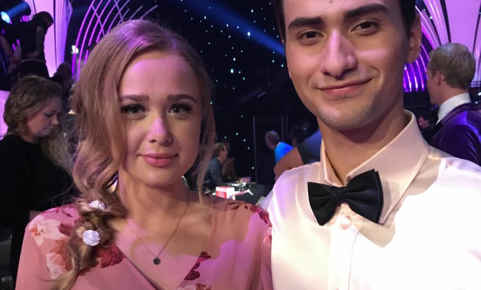 STOLT: Cengiz Al er i semifinalen av «Skal vi danse» og til tross for at kjæresten Maiken Blom ser lite til ham, er hun utrolig stolt over 20-åringens innsats i konkurransen. Foto: Hedda F. Espeli/ Seoghør.no
