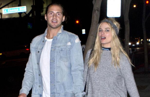 - BESTEVENNER: Margot Robbie og kjæresten Tom Ackerley har vært kjærester siden 2013. Foto: NTB Scanpix