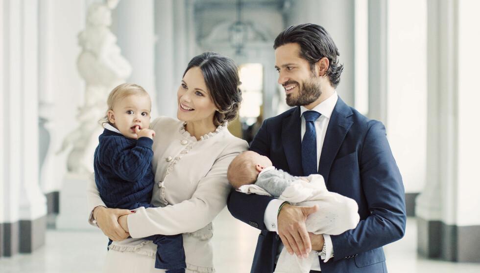 <strong>UTEBLE:</strong> Prinsesse Birgitta deltok heller ikke under dåpen til prins Gabriels storebror, prins Alexander (t.v.). Foto: Erika Gerdemark, Kungahuset.se