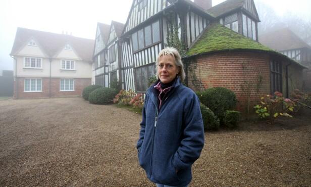 ENORME OPPUSSINGSBEHOV: I 2000 arvet prinsesse Olga denne eiendommen i Kent i England. Foruten at taket lakk, var det også fare for at det kunne kollapse. Her avbildet i 2006. Foto: NTB Scanpix