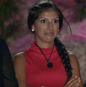 SAMME SESONG: Det er knapt mulig å finne et bilde av Pierre og Isabel sammen fra «Paradise Hotel», da det først var i etterkant at forholdet deres begynte. Foto: TV3
