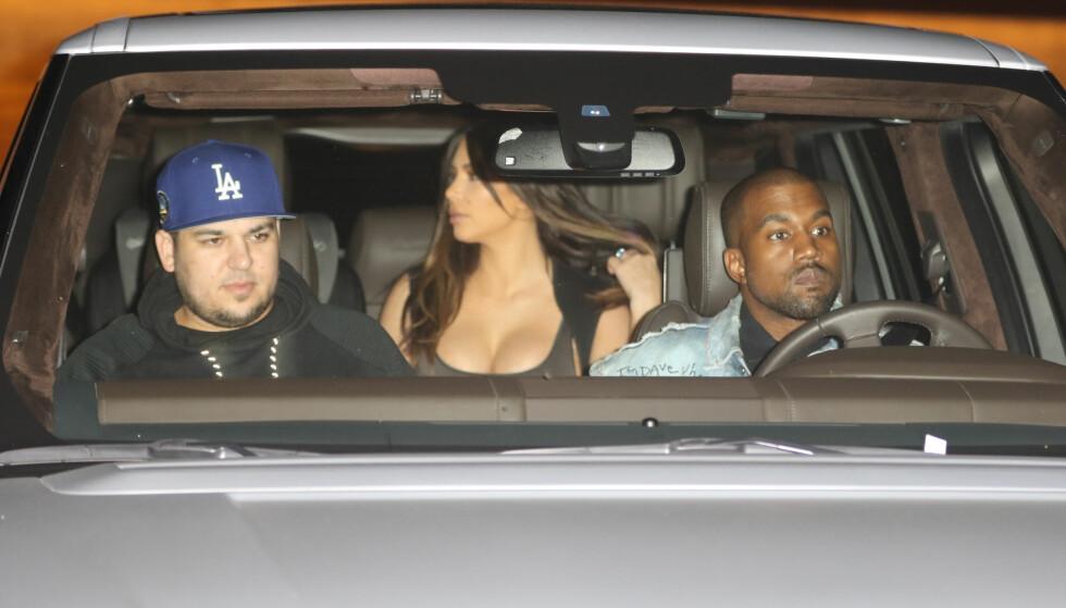 STØTTER SEG PÅ FAMILIEN: Kim Kardashian og Kanye West skal sammen med resten av Robs familie støtte ham i den tunge tiden han nå opplever, ifølge People. Foto: NTB Scanpix