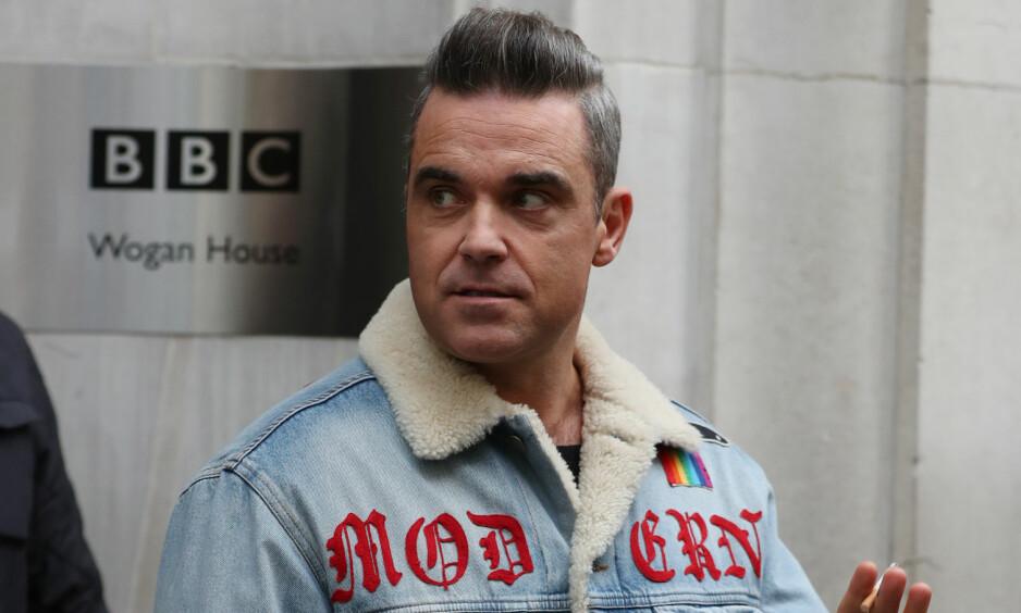 SKREMMENDE: Robbie Williams røper i et nytt intervju hva som egentlig skjedde da han møtte avlyse flere konserter i høst. Foto: NTB scanpix