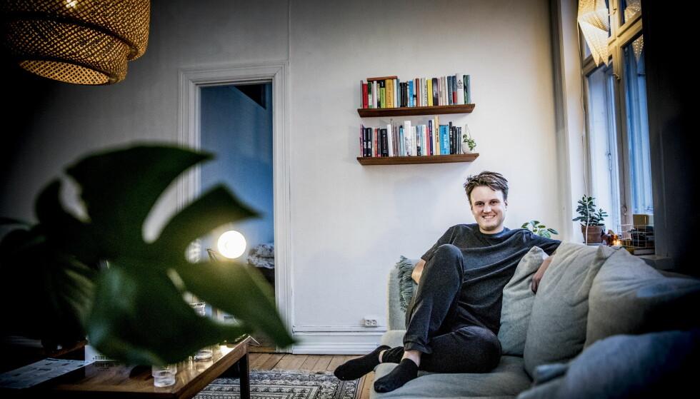 HJEMME: Her er Kevin Vågenes avbildet hjemme på Bislett i 2017 i forbindelse med et intervju med Dagbladet. Foto: Christian Roth Christensen / Dagbladet