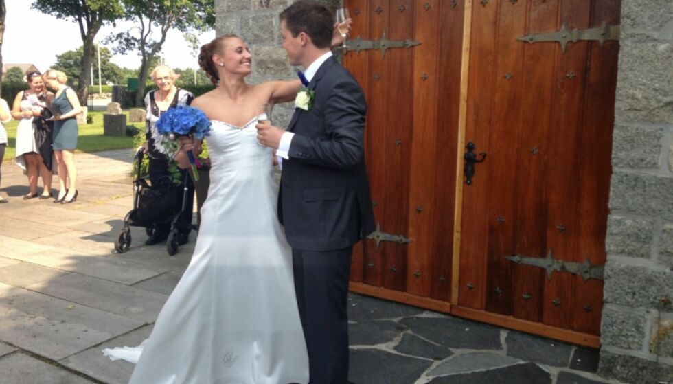 GIFT: Camilla og Steffen giftet seg i 2013. Nå venter de sitt første barn sammen. Foto: Cathrine Løkken / Se og Hør
