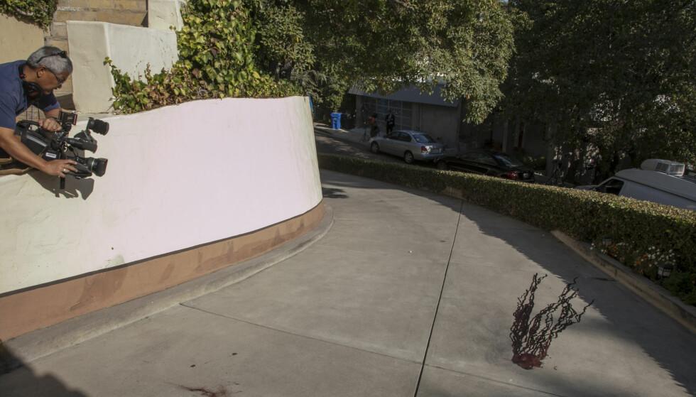 <strong>FALT I DØDEN:</strong> Her endte livet til skuespiller Johnny Lewis, etter en uforståelig voldelig morgen i det rolige Los Feliz-strøket i Los Angeles. Foto: AP/ NTB scanpix