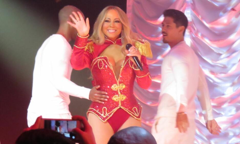 GOD JULELØNN: Mariah Careys juleslager «All I Want For Christmas Is You» har sikret henne en inntekt på 500 millioner kroner. Foto: NTB Scanpix