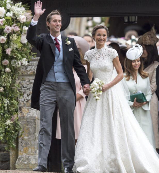 STRÅLTE: Pippa Middleton og James Matthews strålte da de hadde gitt hverandre sitt «ja». Foto: Pa Photos