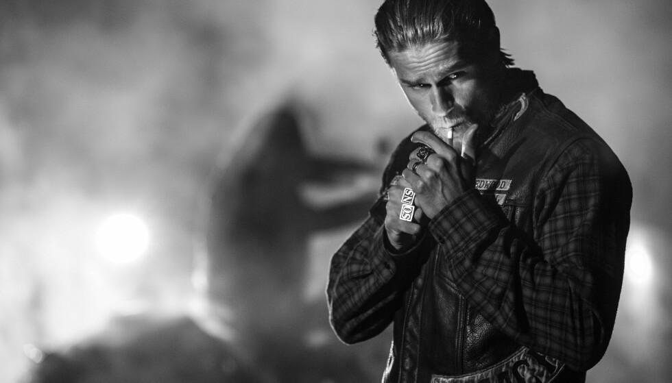 <strong>POPULÆR SERIE:</strong> Johnny Lewis sluttet i prisvinnende «Sons of Anarchy» etter to sesonger. Få år senere var han død. Her er hovedrolleinnehaver Charlie Hunnam. Foto: FX Networks/ TV 2