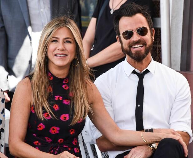 LANGDISTANSEFORHOLD: Jennifer og Justin var forlovet i tre år før de giftet seg i 2015. Foto: NTB Scanpix