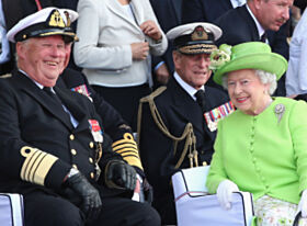 GOD TONE: Kong Harald og dronning Elizabeth i Norge i 2014. Foto: NTB Scanpix