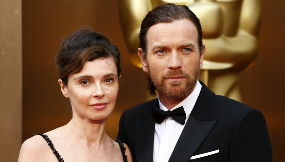 IKKE FORNØYD: Eve Mavrakis og Ewan McGregor giftet seg i 1999, men har gått fra hverandre. Det er foreløpig ikke offentlig kjent om de skal skilles. Ewan har derimot fått seg en ny flørt, som han takket natt til mandag fra Golden Globe-scenen. Foto: NTB scanpix