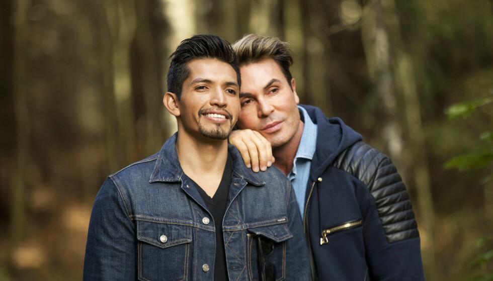 BRUDD: I fjor fant kjendisstylist Jan Thomas lykken med meksikanske Ramiro Ricon Ledezma (t.v.). Denne uken kunne han avsløre at forholdet hadde tatt slutt. Foto: Espen Solli/ Se og Hør