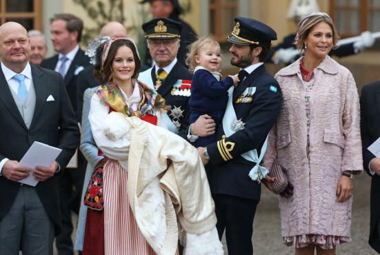FAMILIE PÅ FIRE: Prinsesse Sofia og Prins Carl Philip har to sønner sammen. Foto: NTB Scanpix