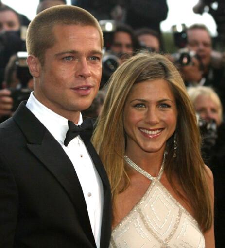 POPULÆRT PAR: Brad Pitt og Jennifer Aniston avbildet sammen på rød løper i 2004. Foto: NTB Scanpix