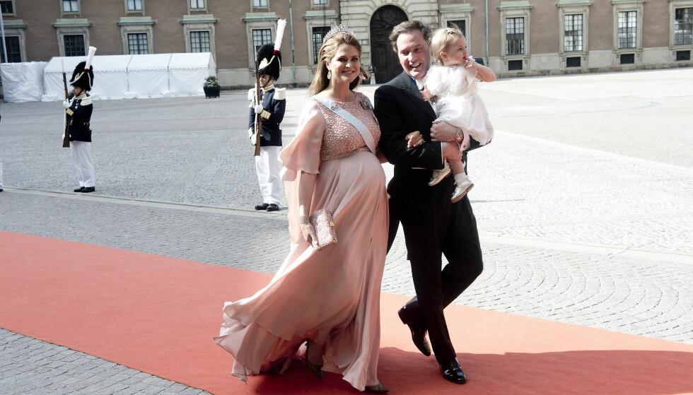 <strong>NUMMER TO:</strong> Prinsesse Madeleine strålte under graviditeten med sønnen Nicholas (2). Her sammen med Christopher og datteren Leonore (3). Foto: NTB Scanpix