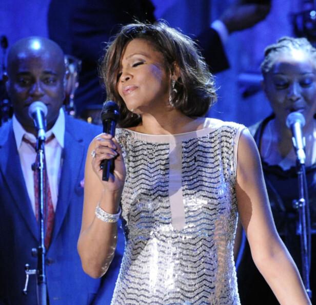 TRAGISK: Hun skulle egentlig opptre, men døde dagen før Grammy-utdelingen i 2012. Foto: NTB scanpix